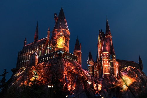 'The Nighttime Lights at Hogwarts Castle' te deslumbraran