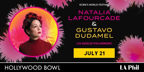 Natalia Lafourcade con Dudamel – Hollywood Bowl
