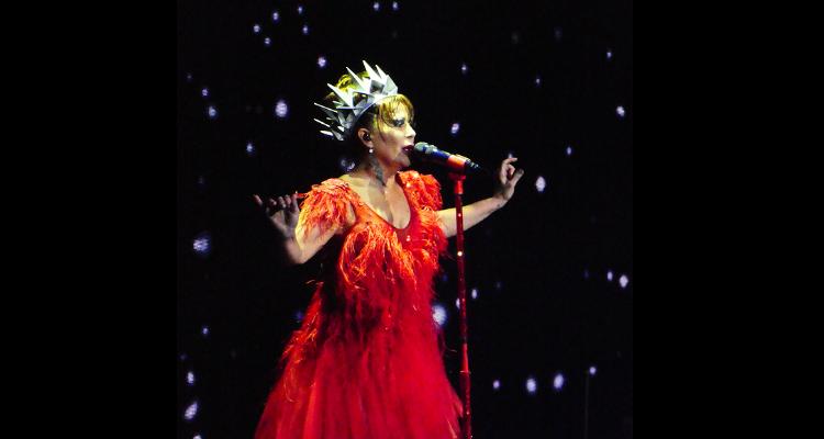 Alejandra Guzmán presenta en el Honda Center nueva producción