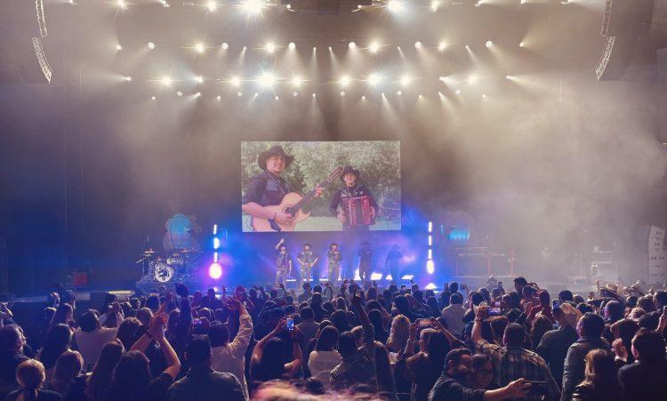 Bronco vuelve a cabalgar con su gira 'Bienvenida la Vida'