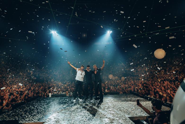 Enrique Iglesias y Ricky Martin siguen causando euforia en Norteamérica con histórica gira